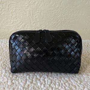 BOTTEGA VENETA intrecciato black cosmetic pouch